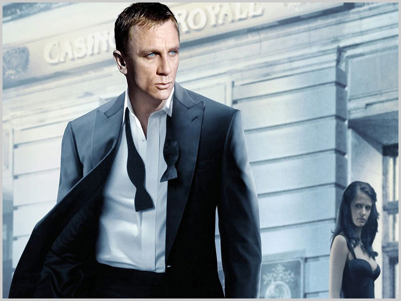James Bond (Daniel Craig) em Casino Royale - capeiaarraiana.pt