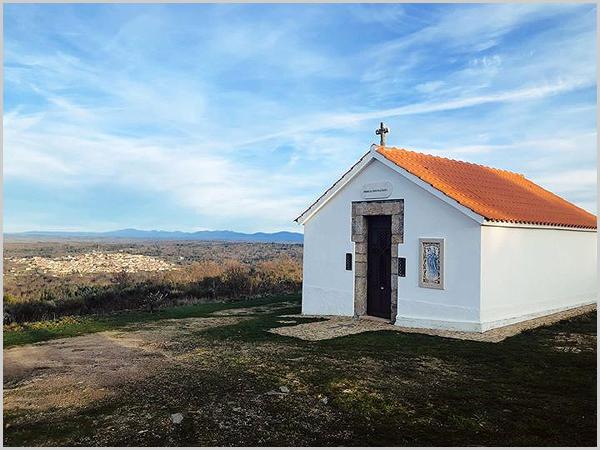 Capela da Senhora dos Prazeres em Aldeia Velha
