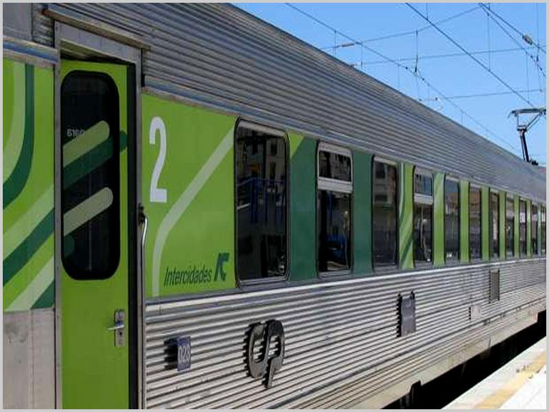 Comboio Intercidades da CP