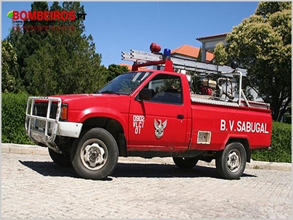 Viatura de combate a incêndios dos Bombeiros Voluntários do Sabugal