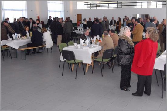Almoço da Confraria do Bucho Raiano no Salão da Junta de Freguesia do Sabugal (foto: Kim Tomé Tutatux) - Capeia Arraiana