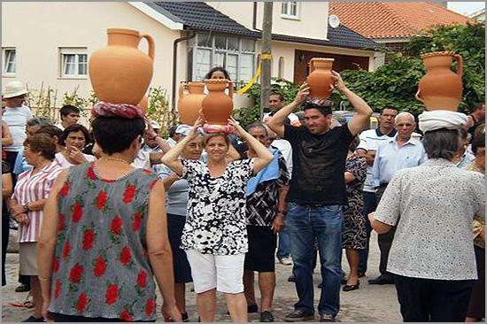 Cântaros de Barro - Partidas de Entrudo - Carnaval - Capeia Arraiana