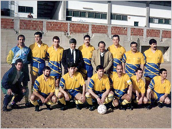 Equipa de Futebol 5 com o presidente Francisco Engrácia ao centro