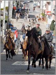 Passeio concentração da Associação Hípica Amigos do Cavalo (Foto de Kim Tutatux)