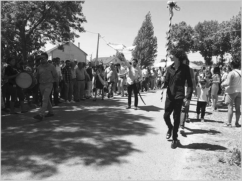 Festa em Aldeia da Ponte - capeiaarraiana.pt