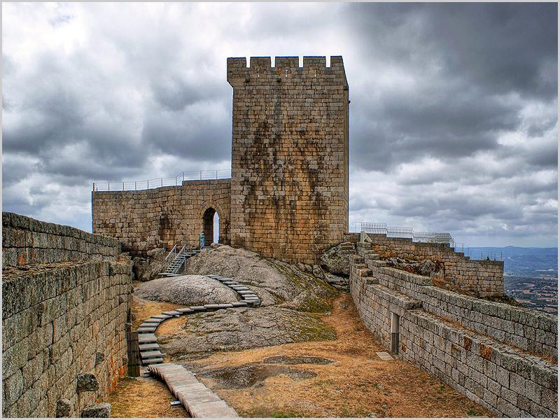 Aldeia Histórica de Linhares da Beira