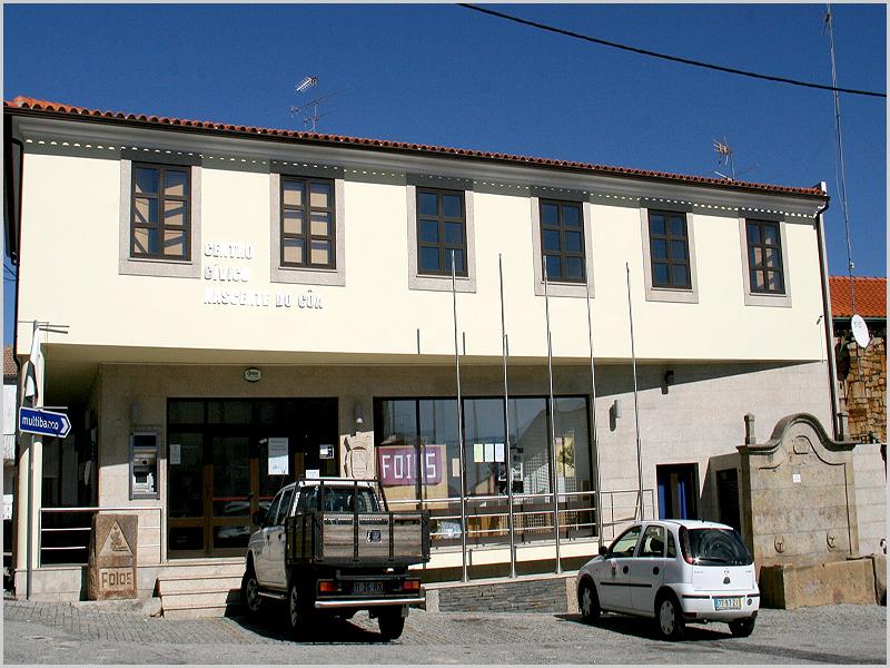 Centro Cívico dos Fóios - capeiaarraiana.pt
