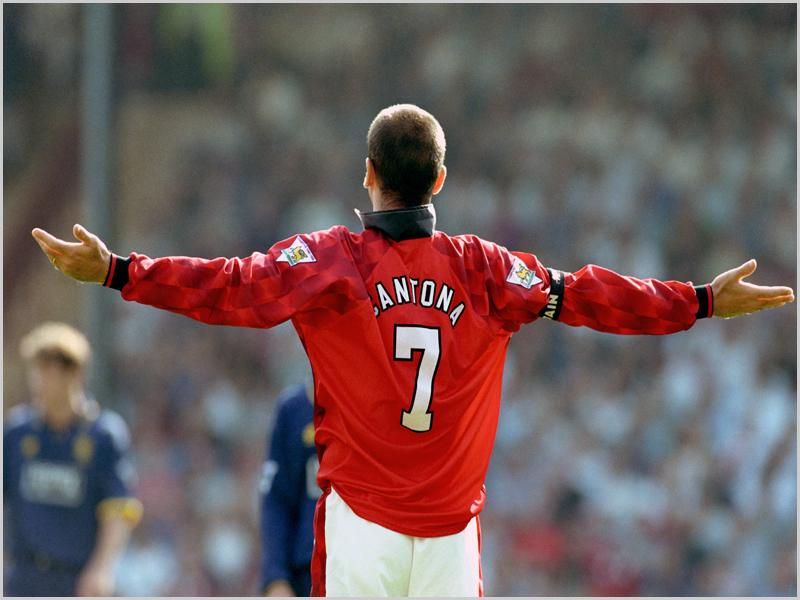 Eric Cantona no Manchester United - capeiaarraiana.pt