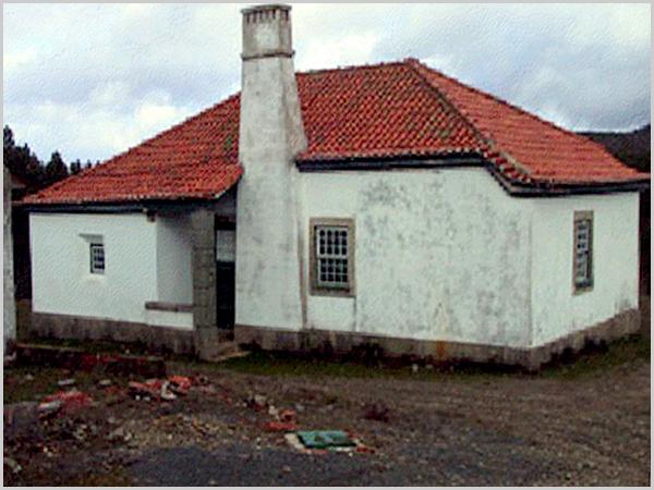 Casas Abrigo na Serra da Malcata ao abandono