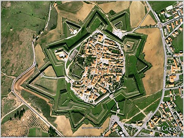 Vista aérea da Aldeia Histórica de Almeida