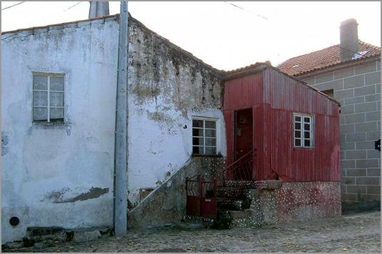 Recuperação Casa Castelo - Romeu e Natália Bispo - Talinha - Capeia Arraiana