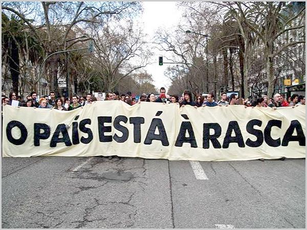 Manifestação contra a crise