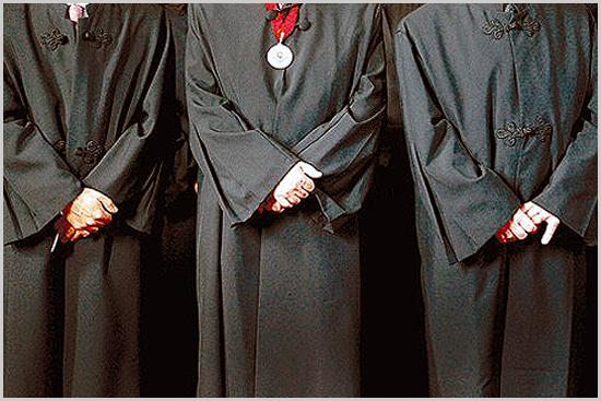Advogados com togas