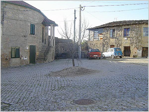 Largo da Aldeia