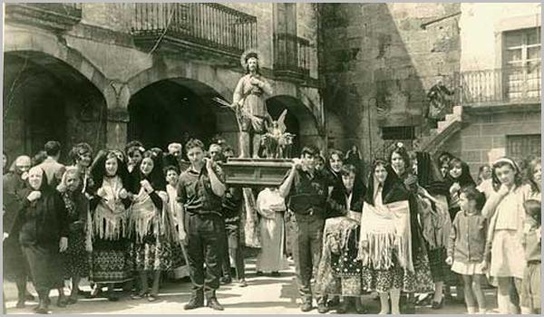 Procissão em San Martin de Trevejo