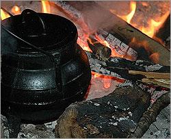 Gastronomia - Panela ao Lume - Capeia Arraiana
