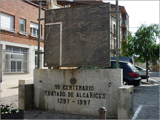 Monumento Tratado Alcanices - Capeia Arraiana