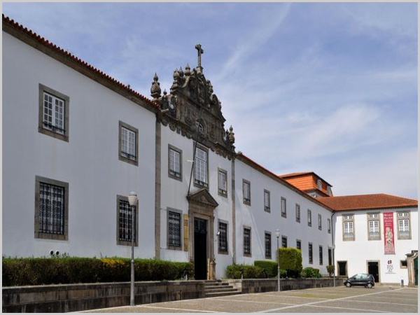 Seminário de Braga - capeiaarraiana.pt
