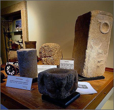 Exposição de achados arqueológicos da Casa do Castelo