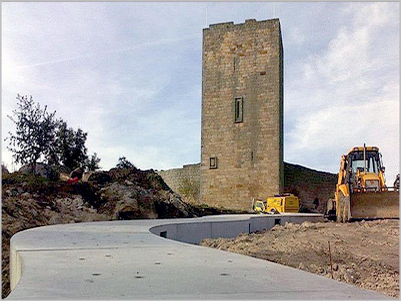 Obras no castelo de Vilar Maior