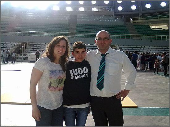Bernardo Pires no Porto, ladeado de Carla Vaz e David Carreira