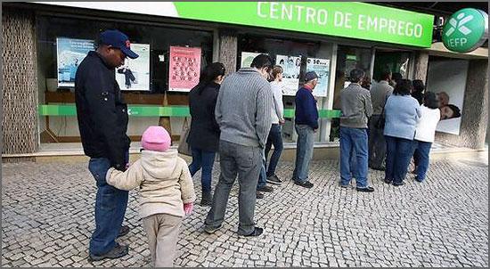 Políticas troikianas levaram a hecatombe no desemprego