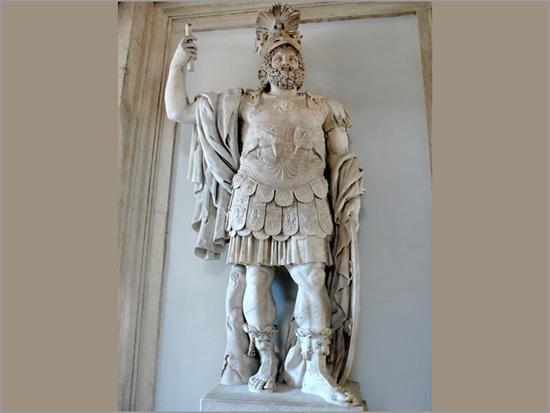 O rei Pirro. Mármore romano do séc. I d.C.