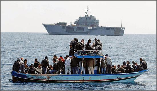 Imigrantes tentando atingir a Europa