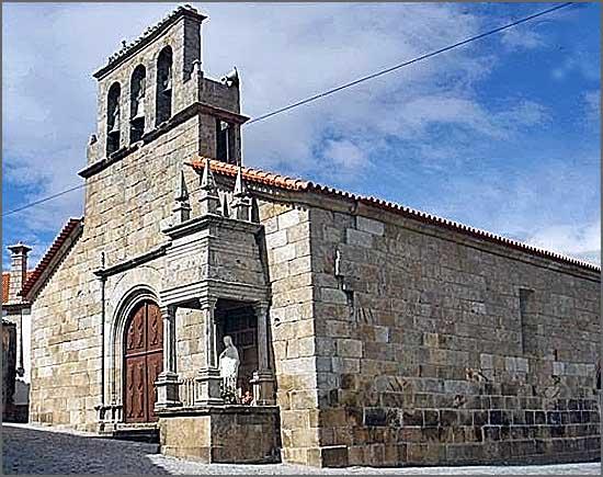 Igreja matriz de Ranhados