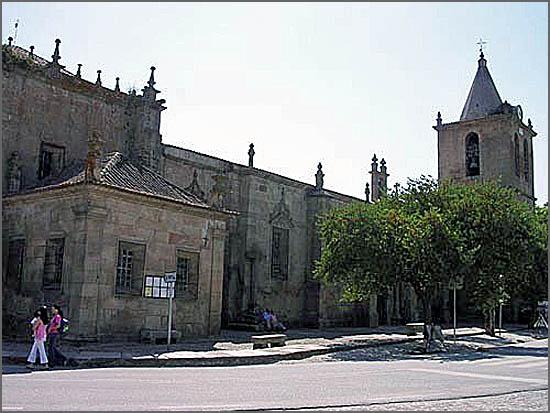Igreja matriz de Escalhão