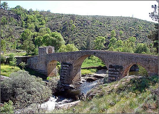 Ponte de Sequeiros vista de juzante