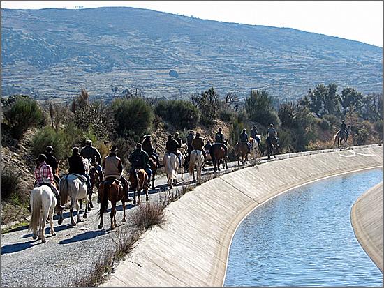 Passeio equestre por terras do Casteleiro