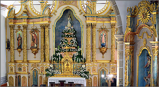 Nossa Senhora da Conceição, no altar mor da igreja do Soito