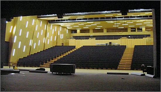 O Grande Auditório do TMG espera pelo Fórum Empresarial Beiras e Serra da Estrela