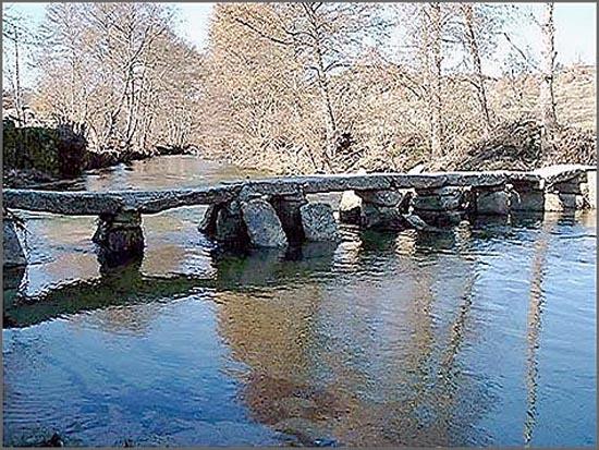 Pontão sobre o rio côa no Sabugal