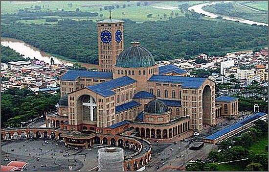 Santuário da Senhora da Aparecida no Brasil