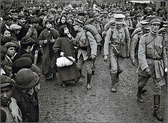 Tropas portuguesas partem para a guerra