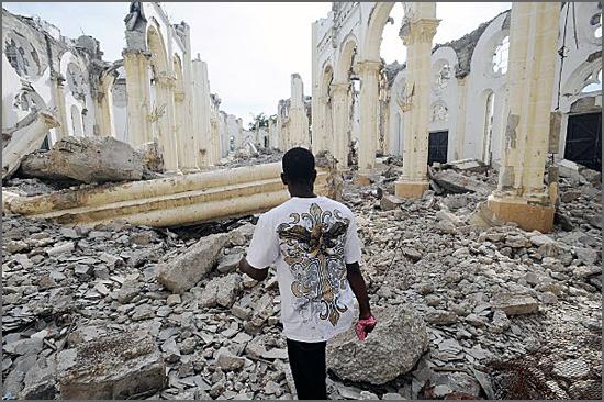Terramoto no Haiti em 2010 - capeiaarraiana.pt