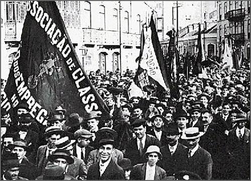 Há 100 anos a República instituiu novos horários de trabalho