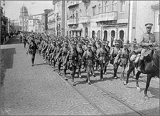 Há 98 anos tropas portuguesas vão combater para a Flandres, em França
