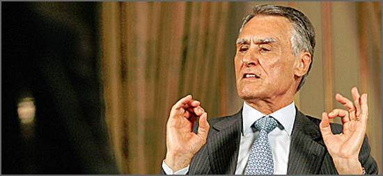 Cavaco procura estabelecer regras para a sua sucessão