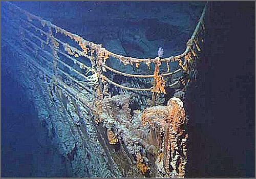 O Titanic recentemente fotografado no fundo do mar