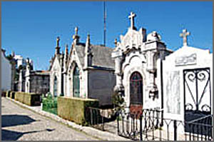 O corpo foi levado em segredo para o cemitério da Guarda