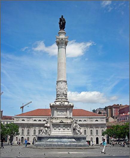 A Estátua de D. Pedro IV no Rossio foi inaugurada há 145 anos