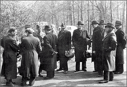 Agentes da Gestapo - a polícia política nazi
