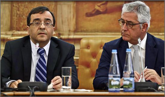 O deputado Pedro Saraiva lê as conclusões do relatório do caso BES