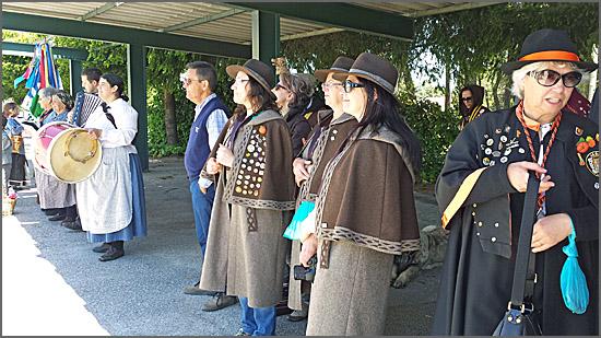 Confreiras da Ovelhã assistem à actuação do Rancho de Videmonte