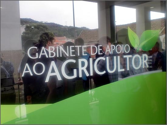 Um departamento orgânico com técnicos capacitados para ajudar o agrícultor