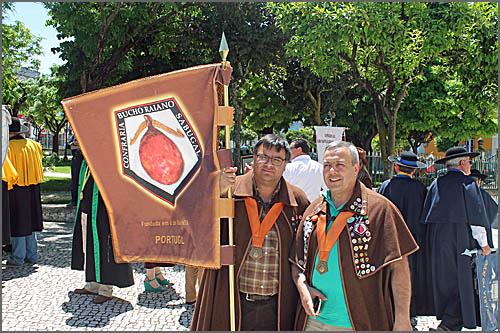 A representação da Confraria do Bucho Raiano em Almeirim