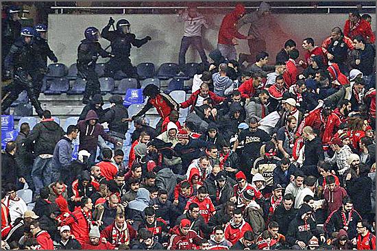 Não parece mas é uma festa de futebol